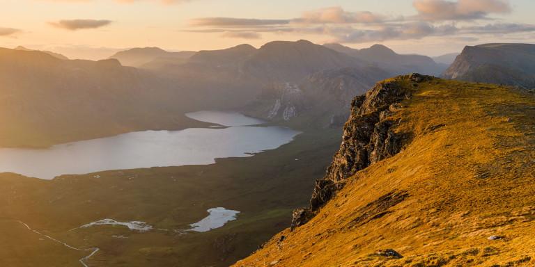 sunrise on Beinn Airigh Charr