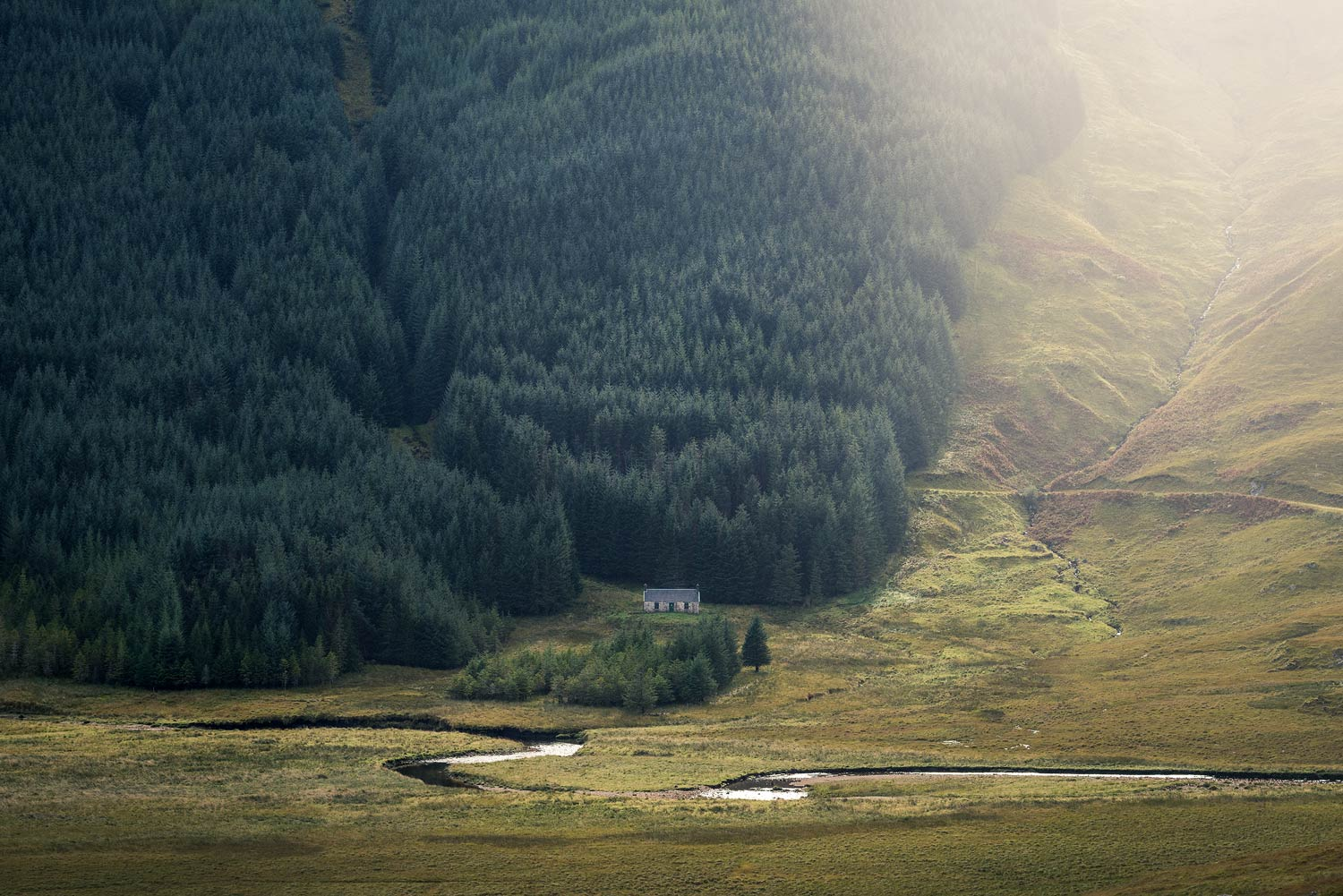 A'Chuil Bothy next to forest